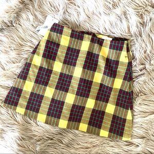 •NWT• Wilfred New Classic Mini Skirt